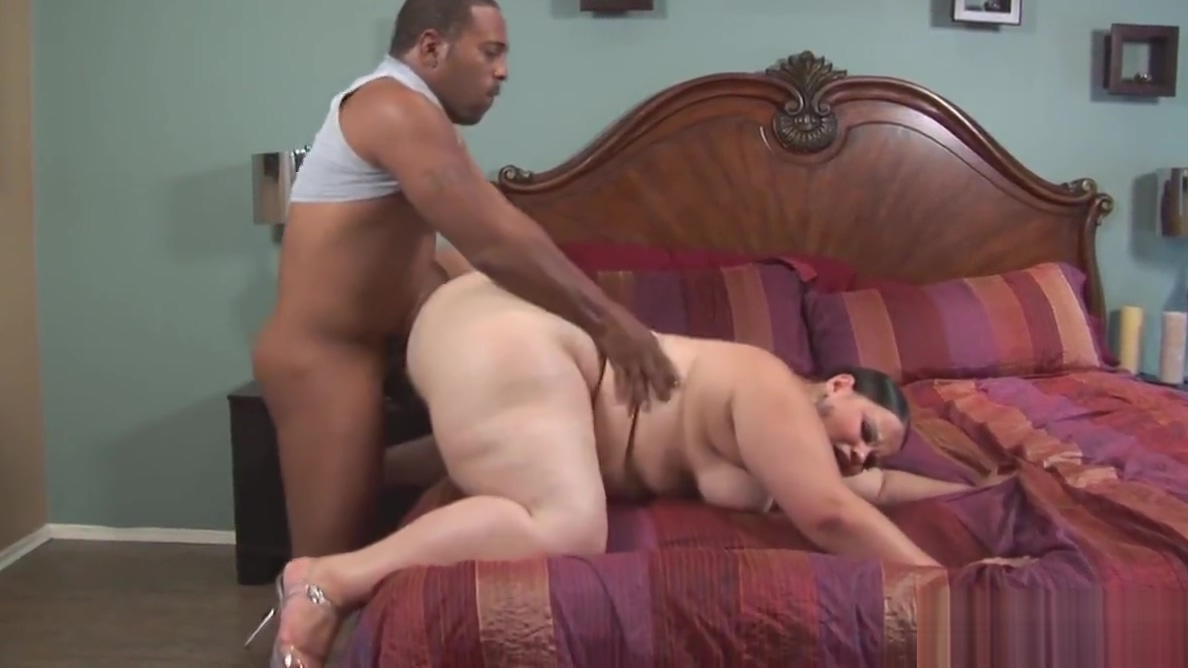 BBW Latina gets her fat pussy destroyed by BBC Man and women having sex videos