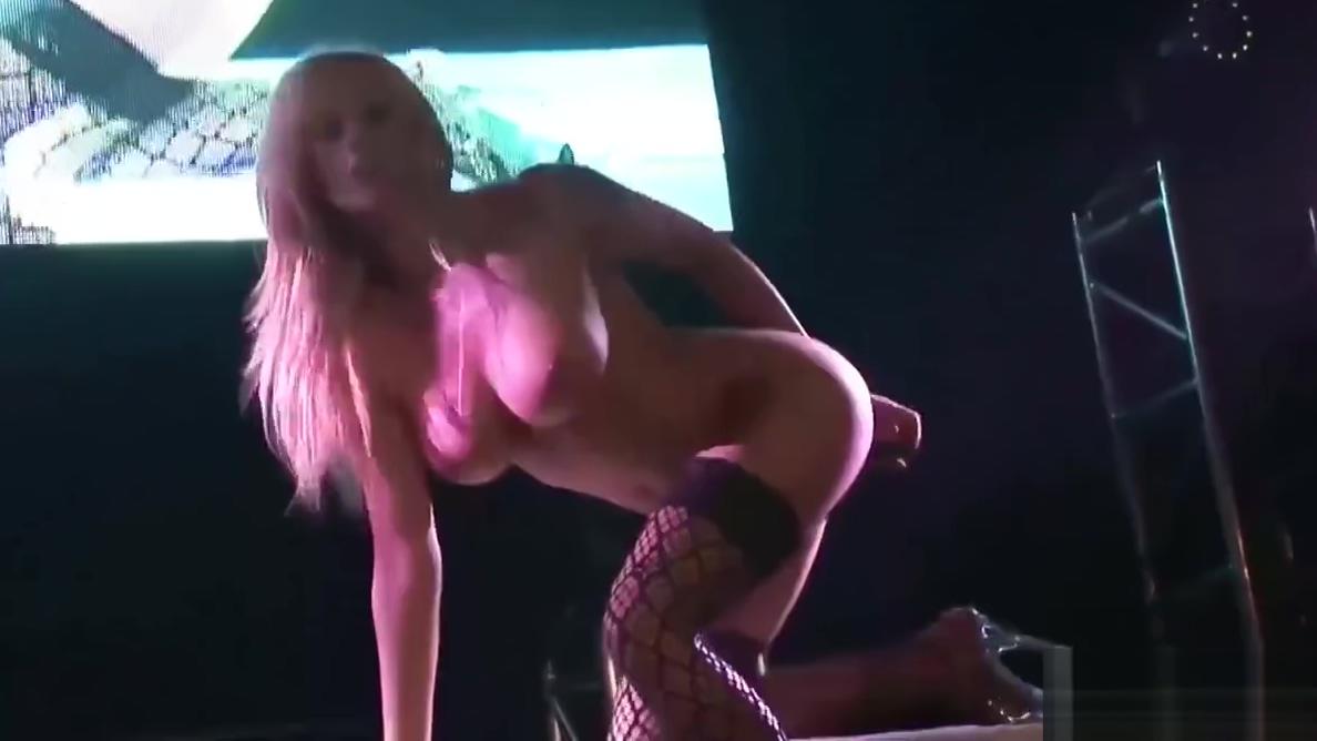 big breast german stepmom masturbating on stage
