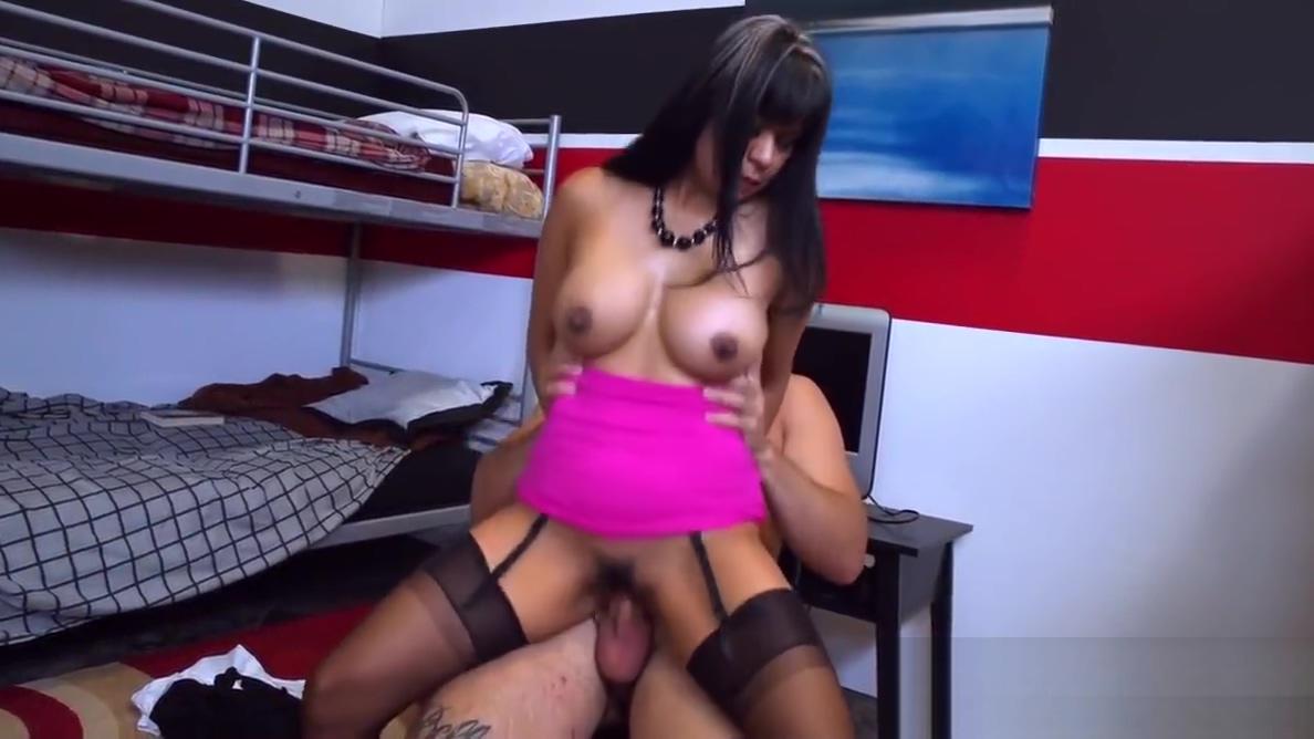 Spizoo - Latin Gabby Quinteros fucking a big dick, big booty anal cum porn gif xxx 1