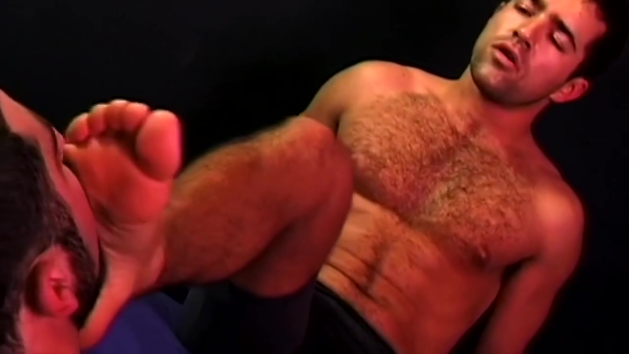 Franco Sylvans feet worshipped 2 Nasty babe likes hard sex