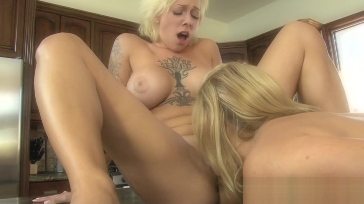Teen Harlow Harrison shows her stepmom some love being a bisexual man