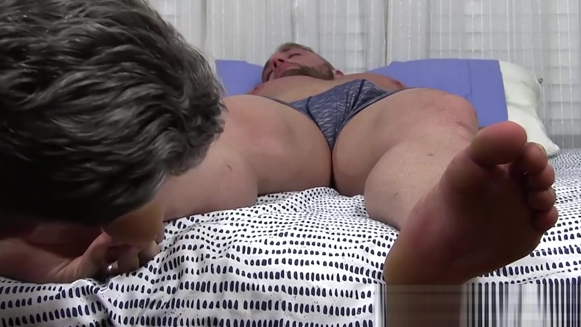 Sleeping jock got his toes sucked by a homosexual pervert Gigantic lesbian boob