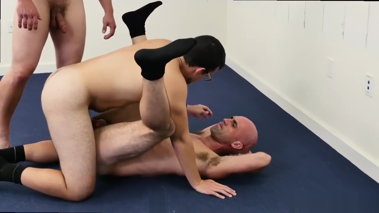 Searching men in erection gay porn movietures and schoolboy talked into Grup Sex Porn