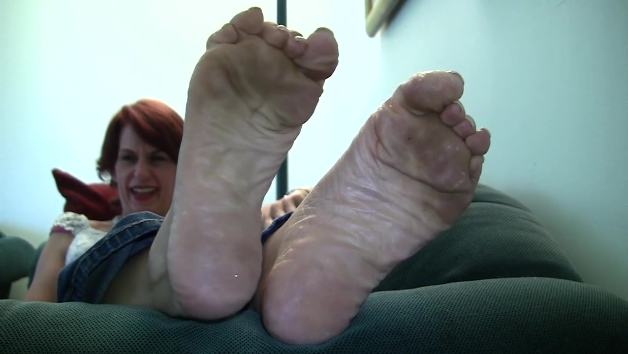 Scarletts Candid Stinky Soles Part 1 free cyber sex video chat rooms