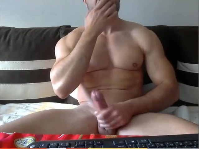 HOT MUSCLE GUY SHOWS ASS AND COCK JERKING Big huge fat pussy