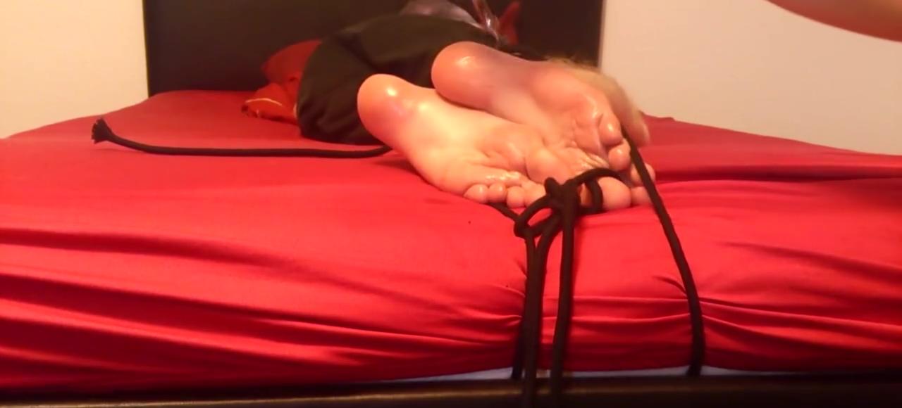 Teen boy Feet Tickled greenleaf free live porno