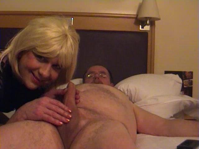 Crossdresser in pantyhose pleases his lover lesbian organism porn videos