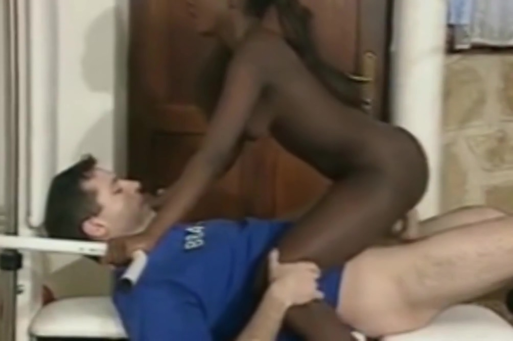 Black girl fucks & sucks white dick at gym - Part 1
