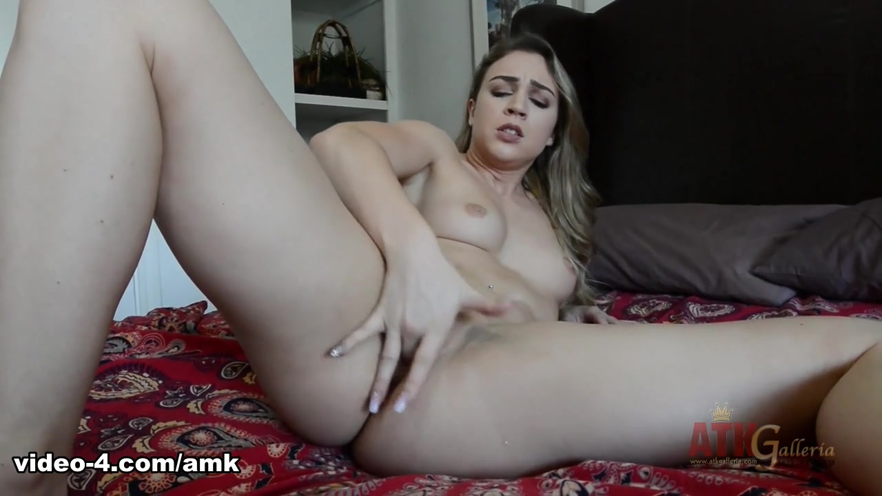 Zoey Taylor in Masturbation Movie - AmKingdom Usa dating site list que
