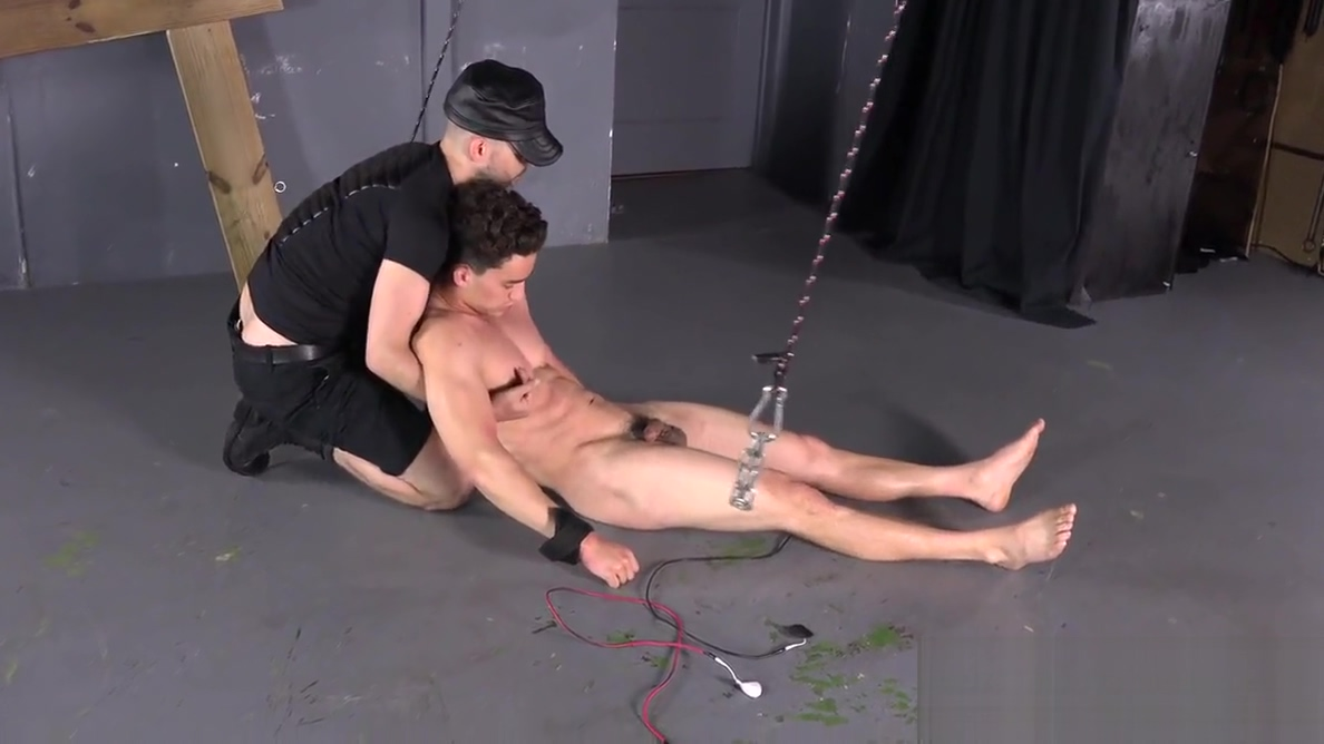 Muscle Stud Crucified BDSM Gay Bondage Whipping Gut Punch Ebony gag
