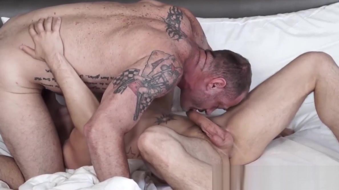 Inked hunk D Arclyte pounds handsome stepson lovingly girls having sex for there first time videos
