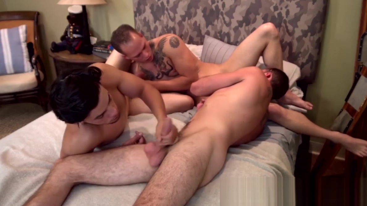 Military guys are having a wild bareback threesome Ariel x shows her how its done