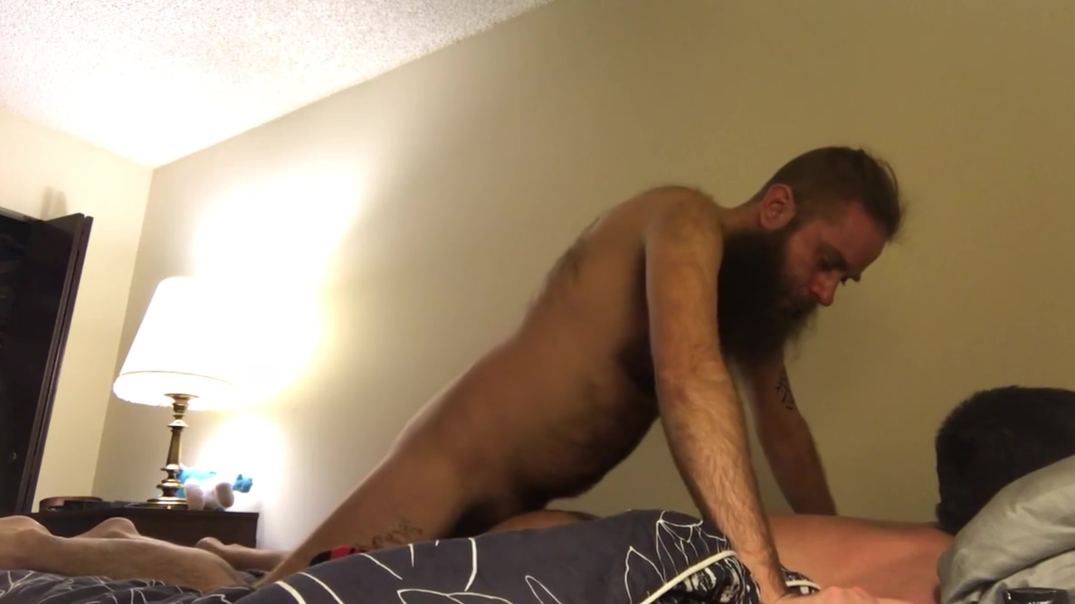 Hairy long bearded otter kisses and suck his hairy bf Xvideos Self Bondage