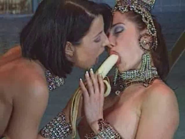 Planet SeXXX (1998) FULL VINTAGE VIDEO Naked girls horny in Siwa