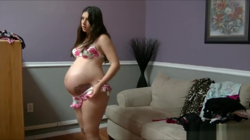 Pregnant logan Fat Girl With Strap On
