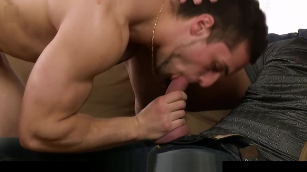 He seduces hunky hetero skater into gay sex Small tit mpegs
