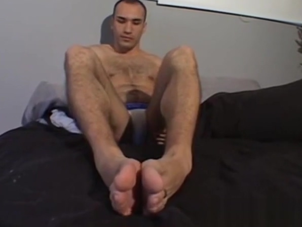 Cute stud gently playing with his feet and licking his toes sri lankan naked video