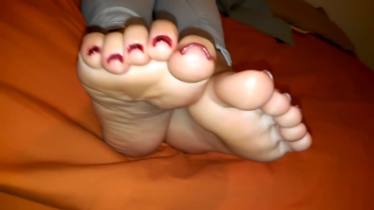 Sweet Soles and Toes La Latina Cosquillas
