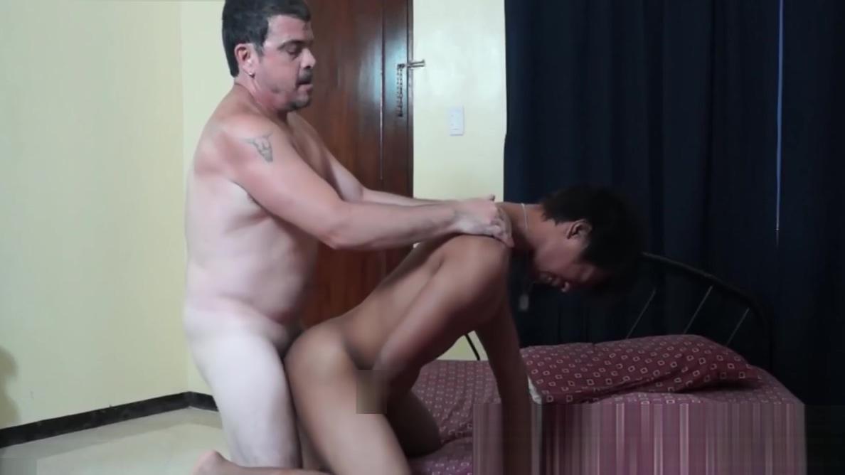 Mature geezer sticks his dick in Asian twinks tight ass Cheatersfantasy com