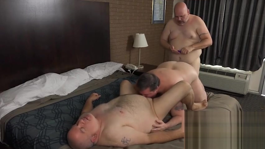 chubbies threesome Ebony milf gang bang