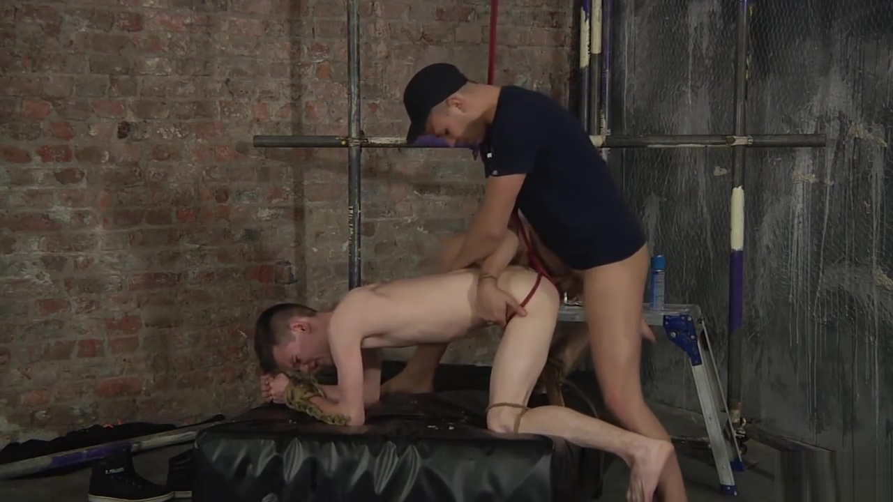 Thomas Terry & Deacon Hunter red tube brother sleeping sister fuck