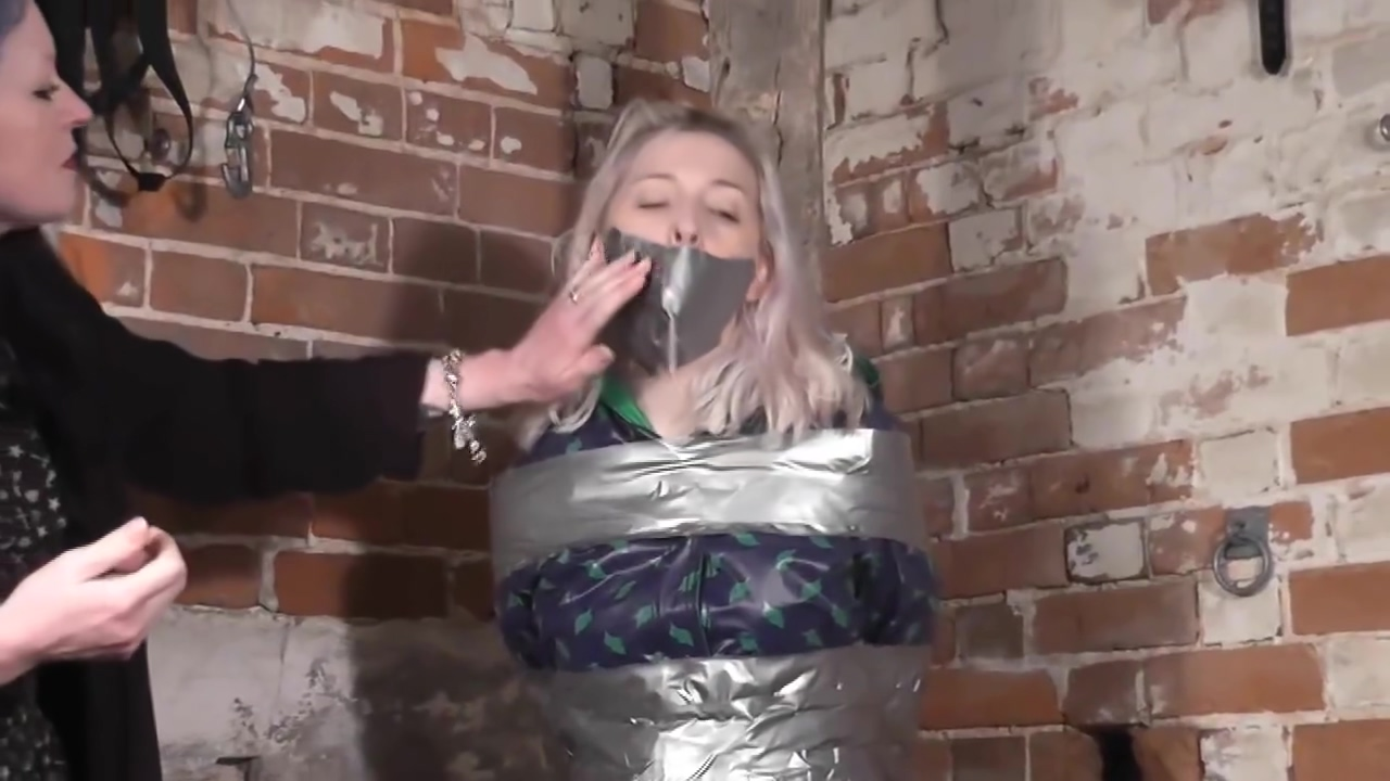 Woman mummified by woman Which hormones stimulate the gonads to mature