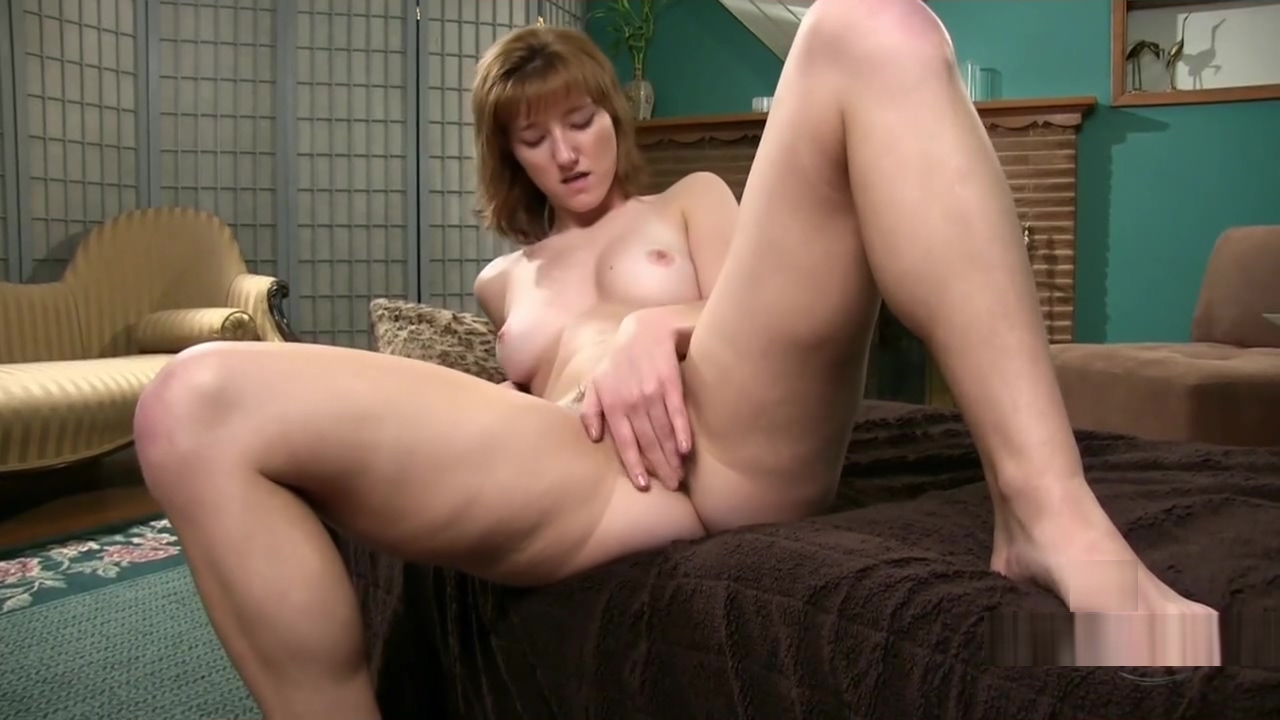 HAIRY MASTURBATION Domino presley transsexual goddess