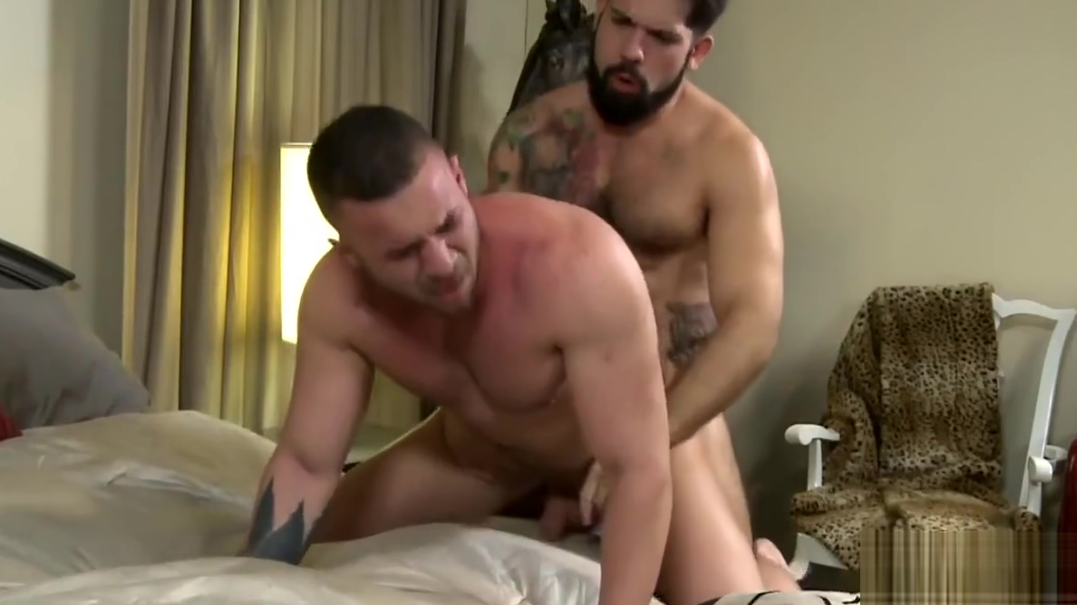 Bear men having some gay fun Lindsay Lohan Nude Sex Scene