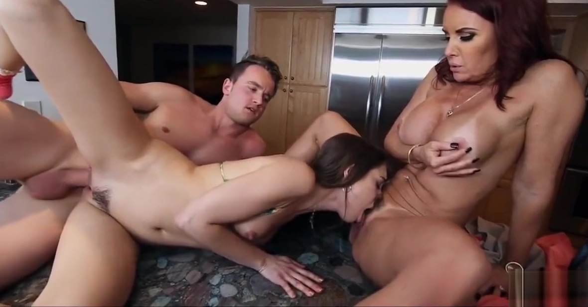 Fuckin around in the kitchen Shawna leene cum