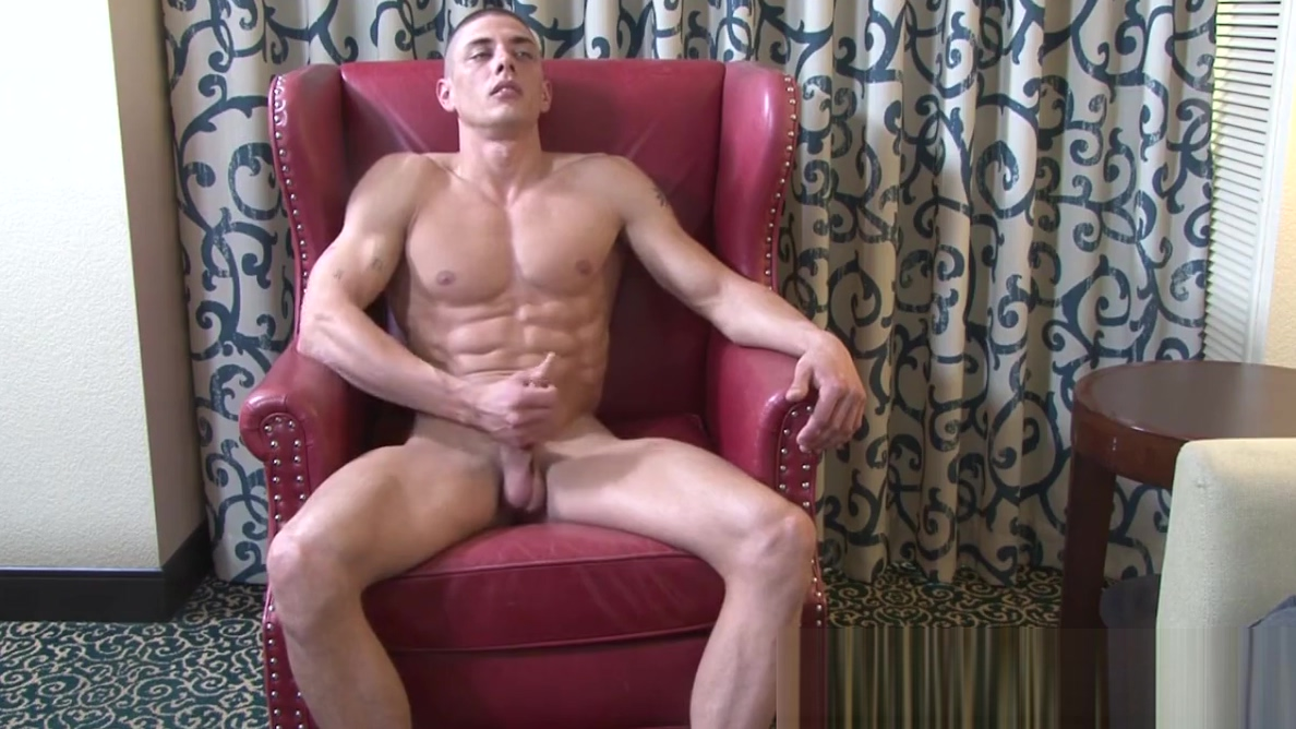 Intense cock stroking action from ripped soldier Jerry Price Im horny as fuck
