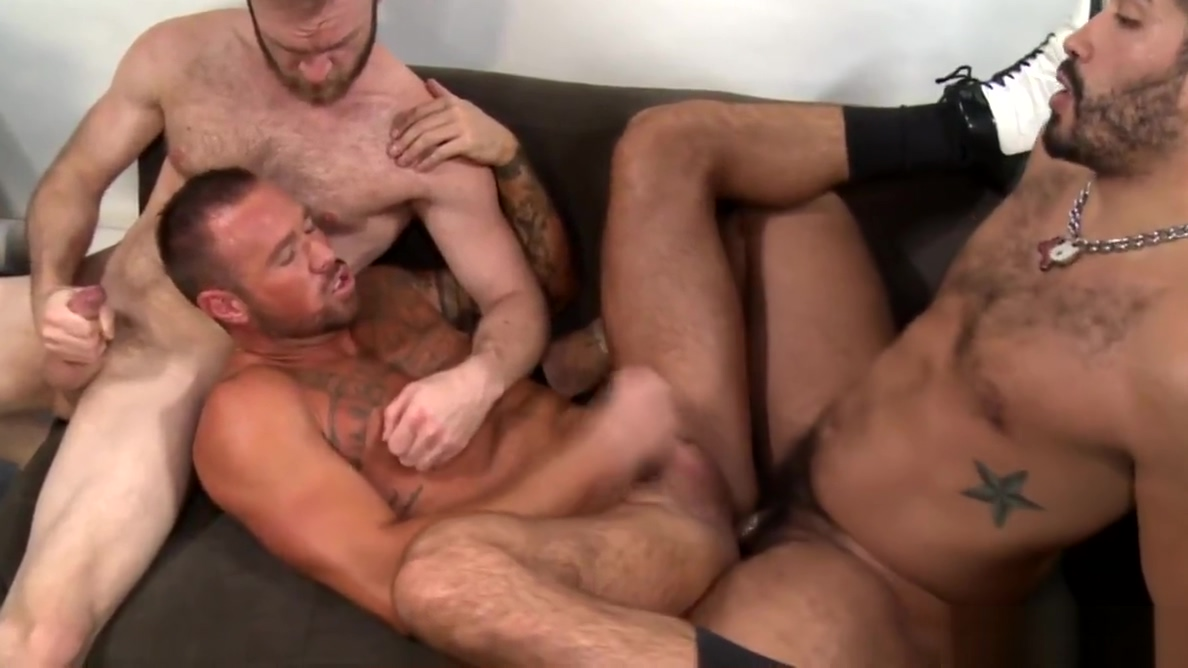 Group Sex With Hairy Muscle Hunk Daddies & Cumshots Freeporn mature