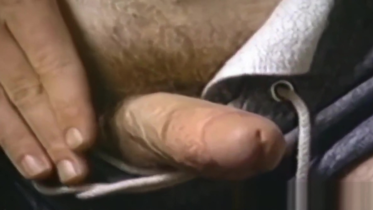 Cock hungry vintage homosexuals show off their hairy dicks Teen gangbanged by shemales