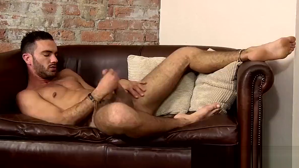 Latino jock Alejandro Alvarez cums stroking and anal playing vintage cast iron griddle