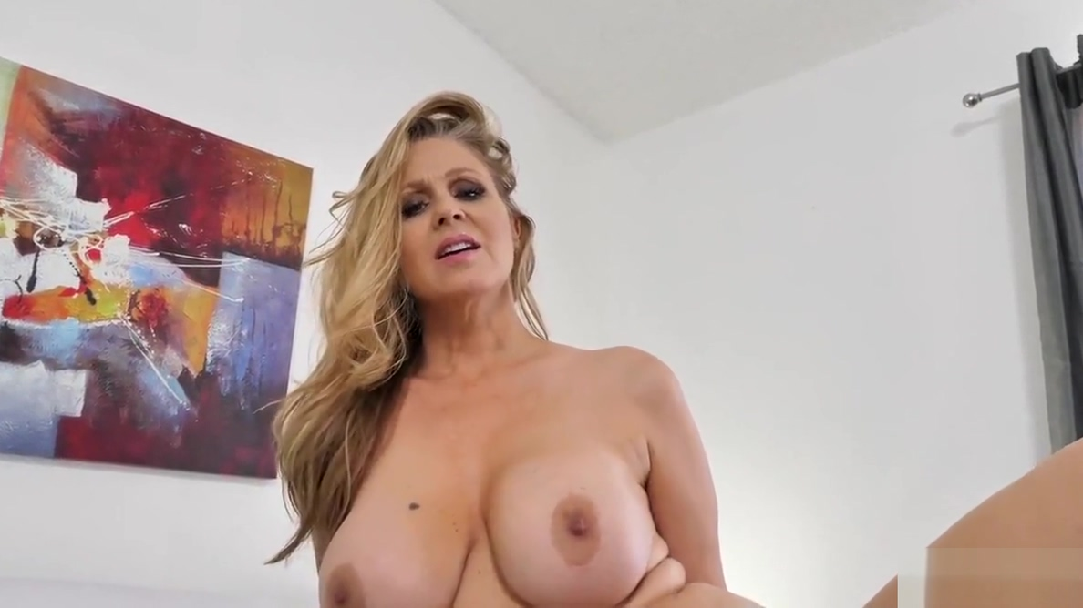 Spizoo - Legendary Julia Ann fucking a big dick, big boobs Teacher boobs big