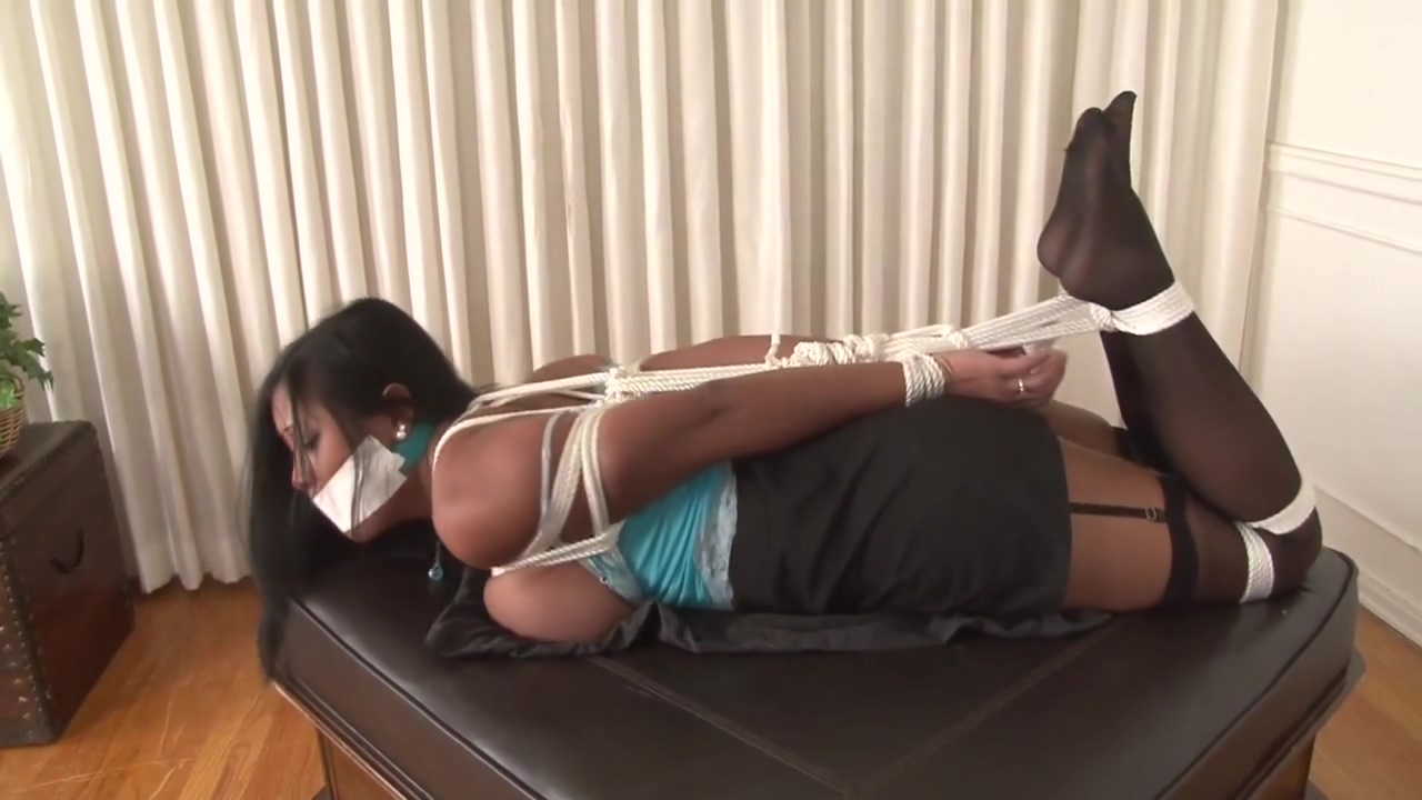 Maxine in Bondage Licking is what they want