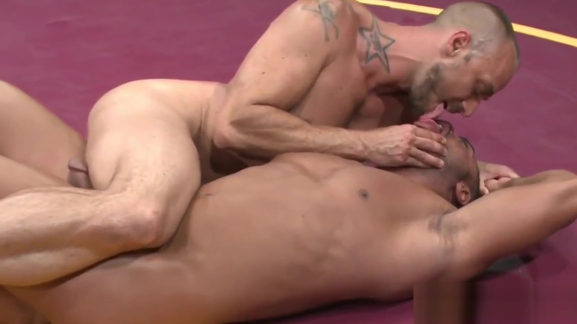 Black wrestling jock cocksucks after fighting chubby nude women with small tits