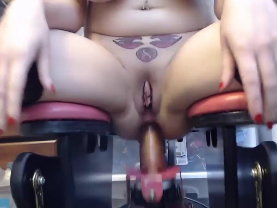 animergamergirl FUCKING MACHINE VO Milf cock for mature