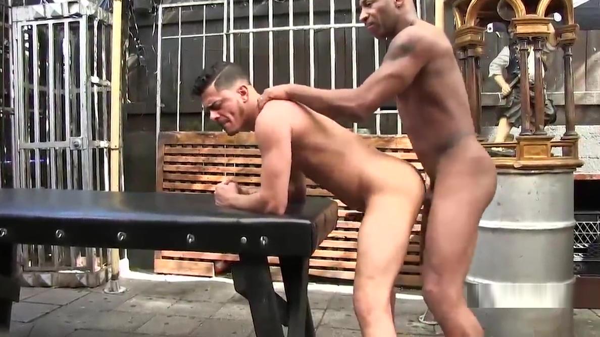 Leo Donato Barebacks Cesar Xes Sexy full sexy