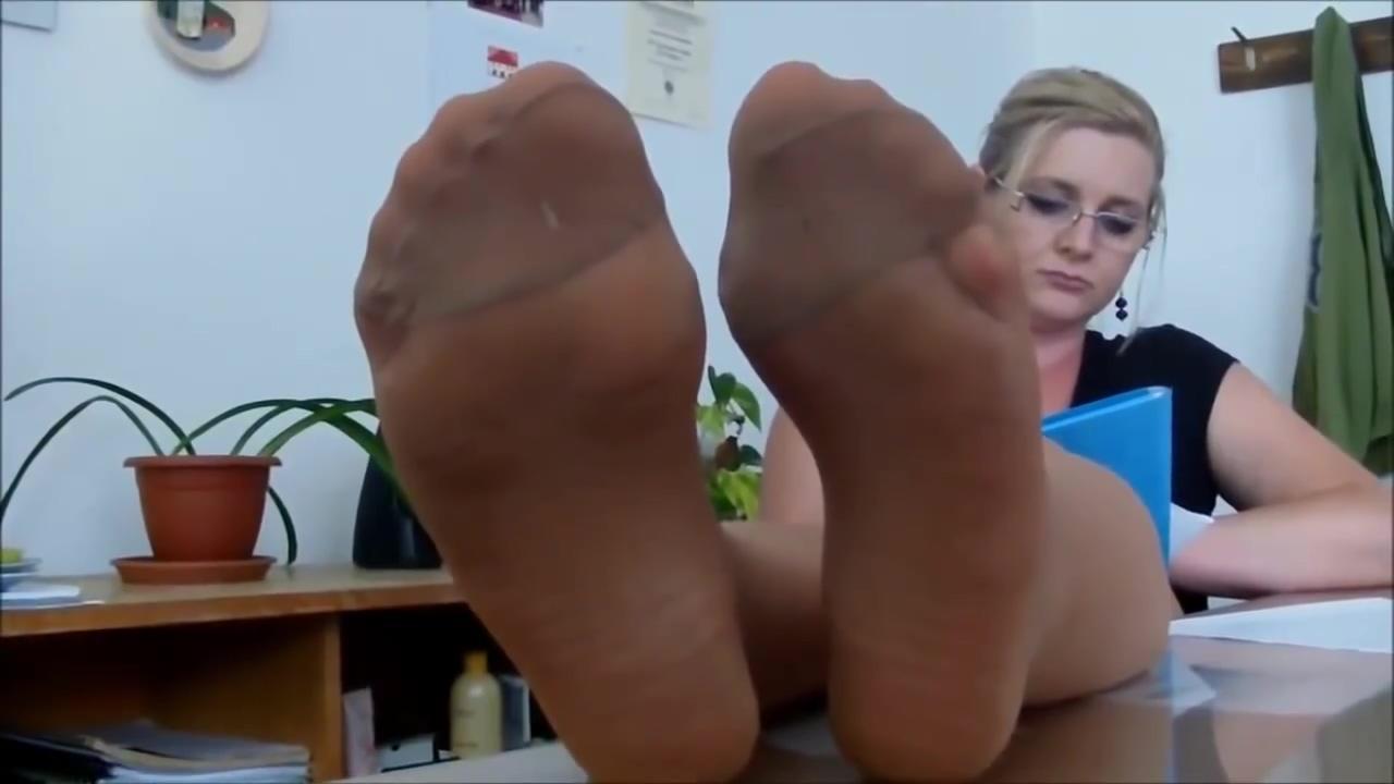 Sexy nylon feet tease in tan pantyhose big tit blonde free movies