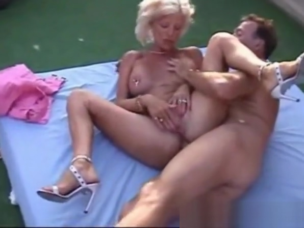 I am Pierced mature with nipples and pussy piercings caroline de souza porn