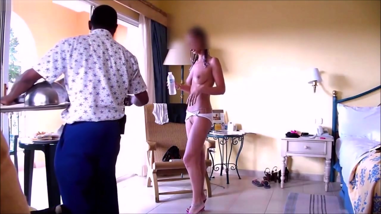 Sifizy Room Service 2 Flashing Pussy and Tits