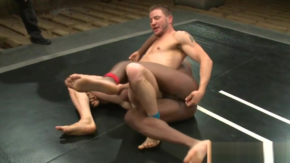Black muscle wrestling hunk cocksucks jock Adult sex hookup in turner oregon