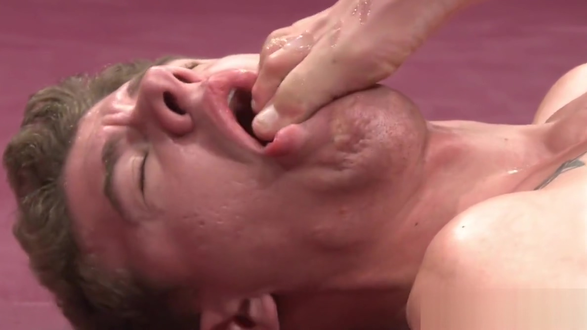Ripped wrestling hunks rimming ass in closeup Adult fun in Kullorsuaq