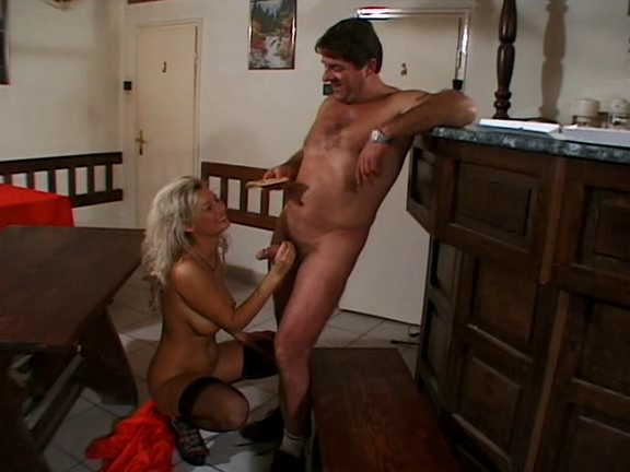 Hana Melonova - Regular customer always has the bonus. Savannah pornstar videos