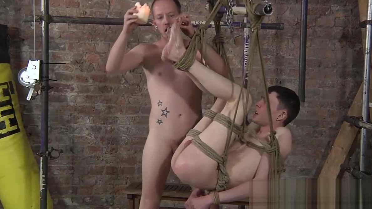 Aaron Aurora loves being dominated by master Sean Taylor Wrestling dyke rims ass and fingers pussy