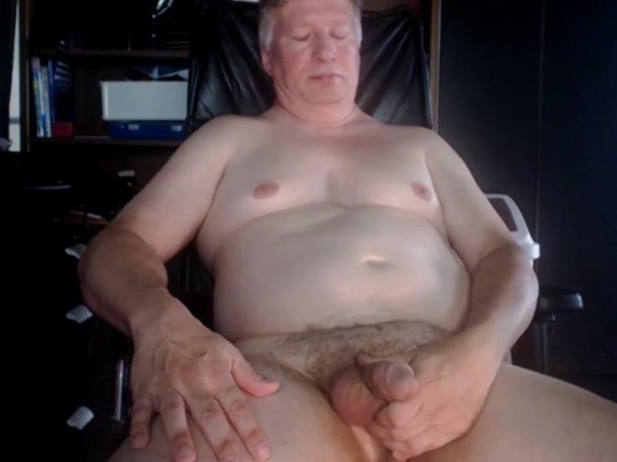 grandpa play on webcam play a blue film
