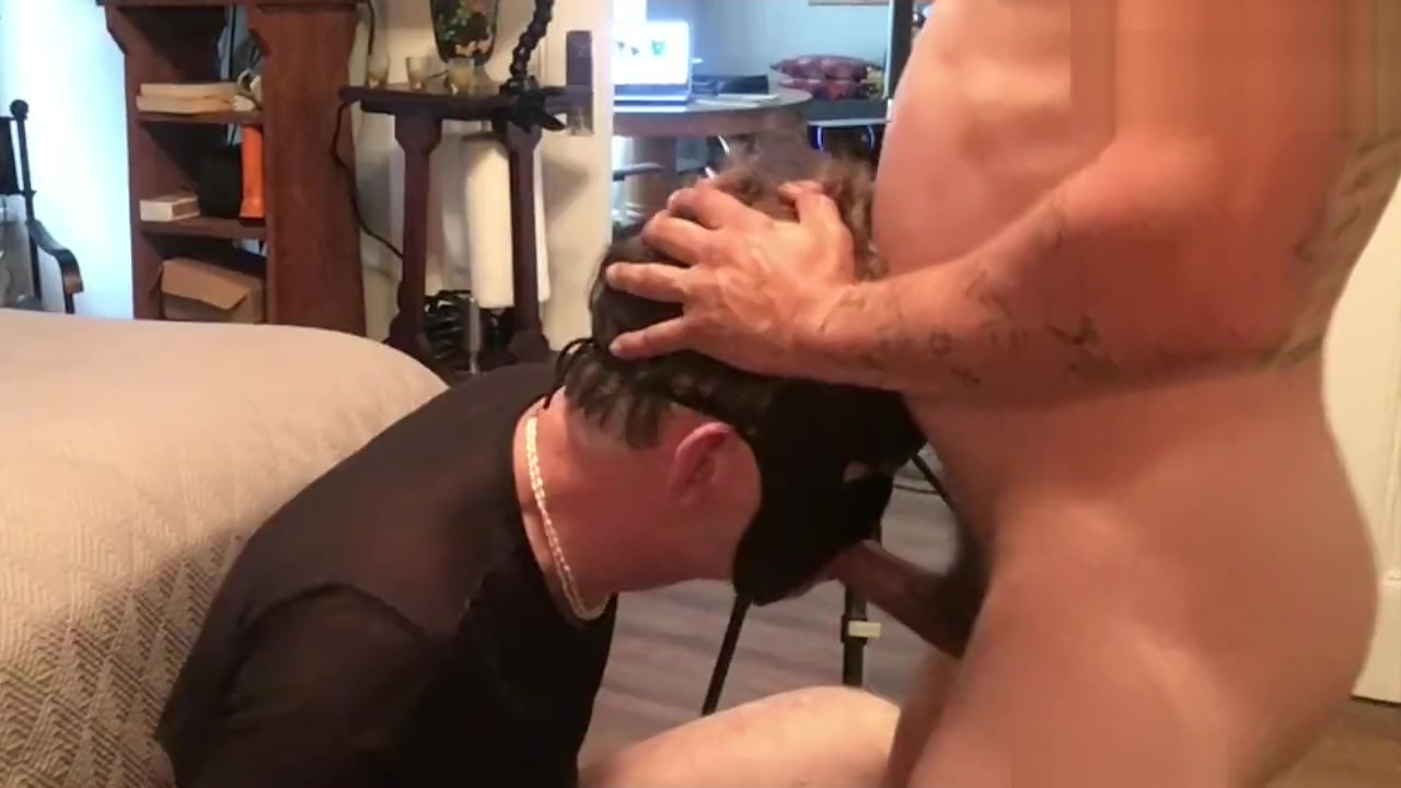 FACEFUCKING DADDY Big Tit Brunette Lesbians Fucked By Strapon