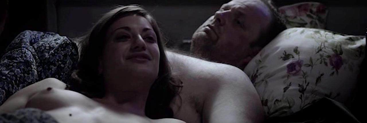 Georgia Scalliet & Julie-Marie Parmentier - Rapace (2011) Big bootie wet pusay