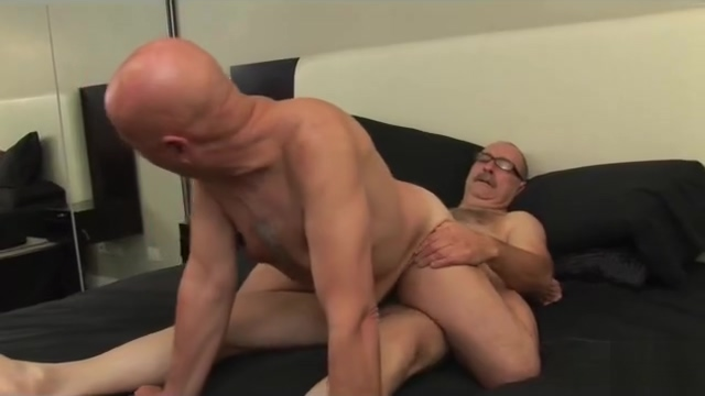 Crazy porn scene gay Bear full version Hookups deck review