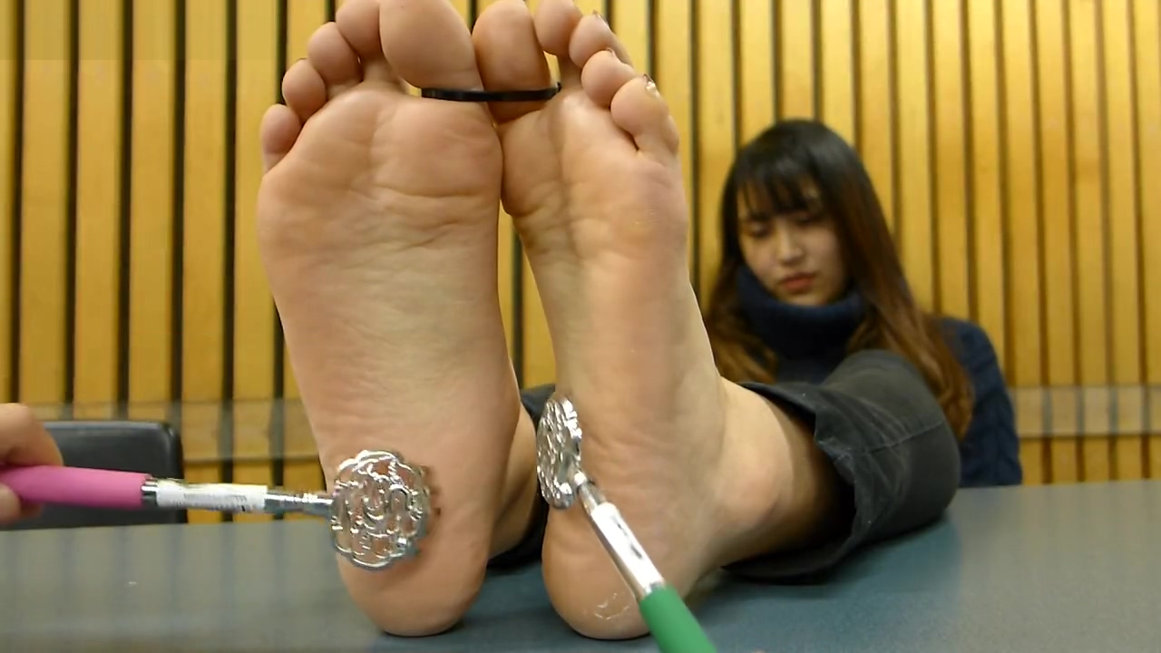 Japanese feet tickled (no audio) Wet nude female masterbation tumblr